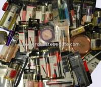 Destockage Beau Lot maquillages de marque Blister Fr