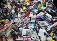 Destockage Beau Lot maquillages de marque 250 pieces