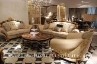 El sofá de lujo de los muebles de la sala de estar fija el sofá real de la fecha del es...