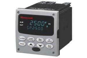 Honeywell UDC2500 Universal Digital Controller