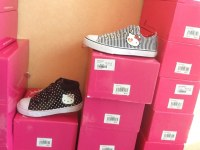 Lot de vêtements enfants Hello Kitty by Victoria Casal