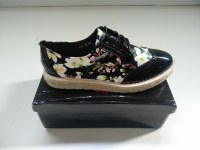 STOCK DE ZAPATOS OXFORD FLORES