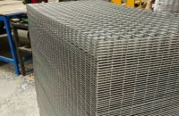Welded Wire Mesh Panel/Wire Mesh Grids